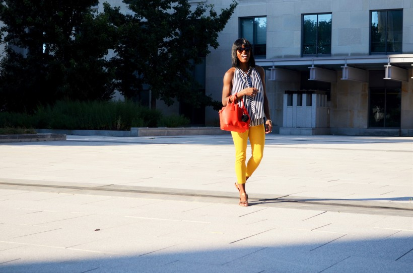 Kiara walking in outfit trend